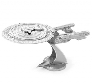 Kovový model Star Trek - USS Enterprice NCC-1701-D